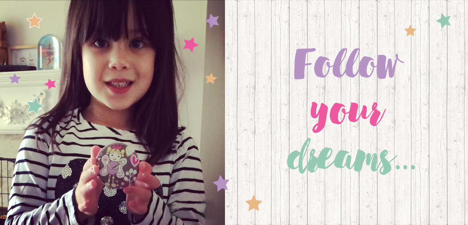 Dreaming on a Star's niece Olive & her pocket mirror!